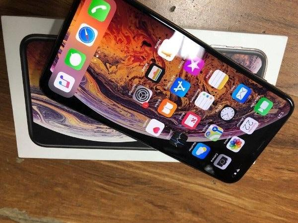 Apple IPhone XS Max (4GB RAM, 256GB ROM)