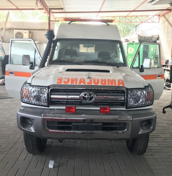 Toyota Land Cruiser VDJ 78 4x4 Extended Roof Ambulance